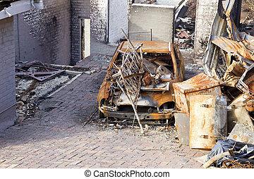 巨大, 破壊された, 家, 自動車, 火