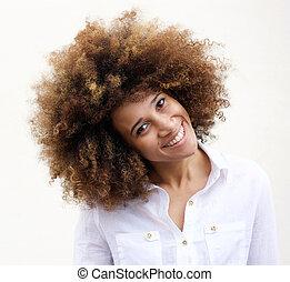 巻き毛の髪, アメリカ人, アフリカ 女, 微笑, 若い