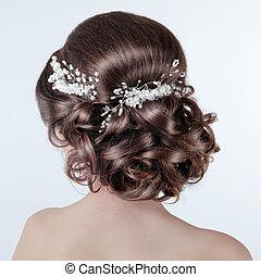 布朗頭發, styling., 黑發淺黑膚色女子, 女孩, 由于, 卷曲, 發型, 由于, barrette., 新娘,...