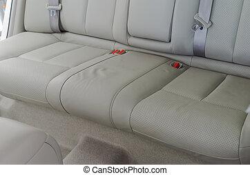 席, 革, 自動車