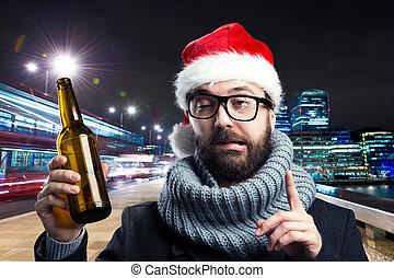 年輕人, 由于, 啤酒瓶子