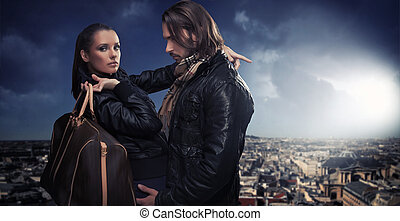 年輕夫婦, 在上方, 城市, 背景