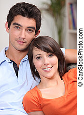 年輕夫婦, 坐, 在, 他們, 前面室