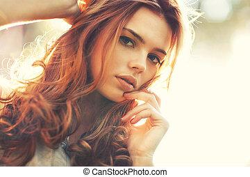 年輕婦女, 在戶外, 肖像