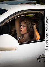 年輕婦女, 時裝, 肖像, 在汽車中