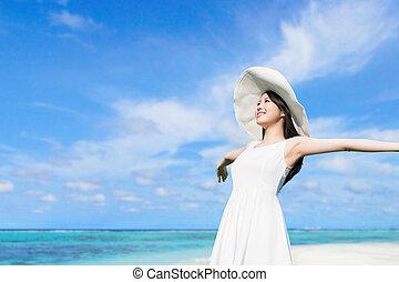 年輕婦女, 由于, 海灘