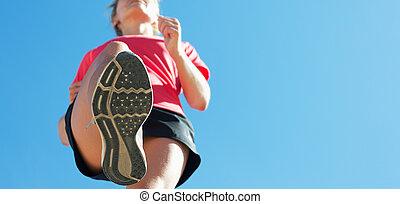 年輕婦女, 賽跑的人, 跑, 為, 馬拉松, 跑
