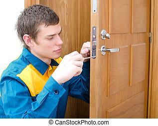 年輕, 做零活的人, 在, 制服, 改變, 門鎖
