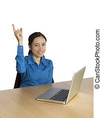 年輕, 女商人, 微笑, 前面, 她, 電腦