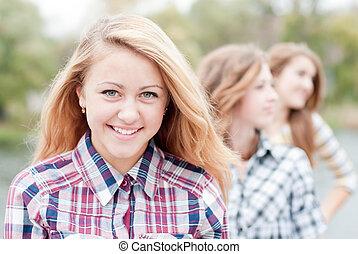 年輕, 愉快, 青少年的 女孩, 由于, 朋友