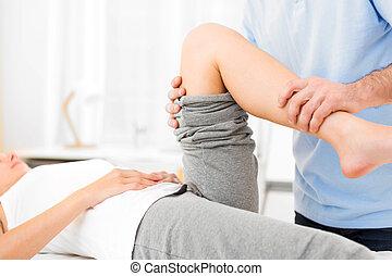 年輕, 有吸引力, 婦女, 是, 操作, 所作, physiotherapist