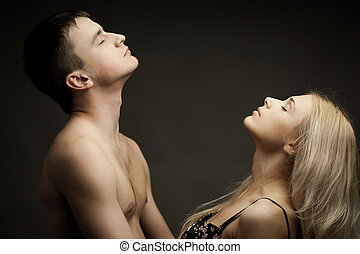 年輕, 浪漫的夫婦
