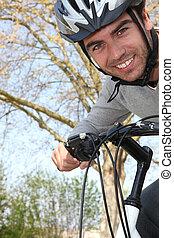年轻人, 在上, 自行车