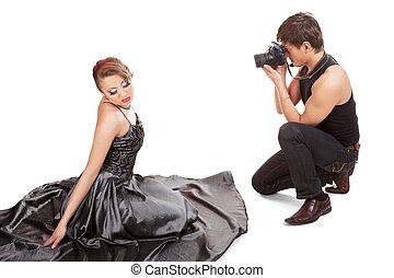 年轻成年人, 女性, 模型, 同时,, photographer.