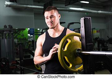 年轻, 健康, 人, 带, 大的肌肉, 握住, 盘, 重量, 在中, gym., 健身, 运动, 训练, 动机, 同时,, 生活方式, 概念