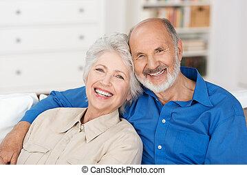 年長の カップル, ロマンチック