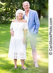 年長の 女性, ロマンチック, 人