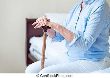 年長者, 孤獨, 婦女坐
