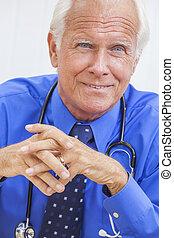 年長者, 書桌, 聽診器, 男性的醫生