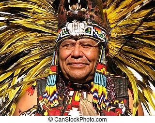 年長者, aztec, 種族