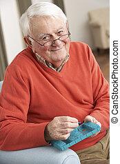 年長 人, 分類, 薬物, 使うこと, organiser, 家で