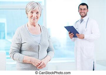 年長, 病人