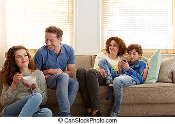 幸せな家族, モデル, 家で