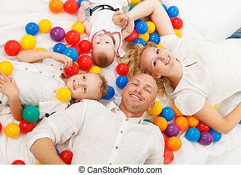 幸せな家族, 床