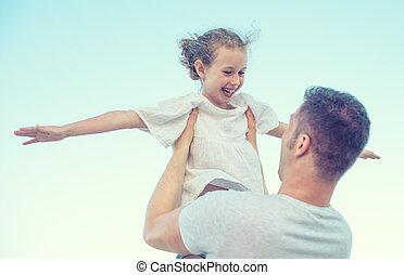 幸せな家族, 楽しい時を 過すこと, 上に, ∥, 浜。