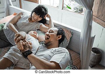幸せな家族, 笑い, アジア人, 一緒に, 娘, 子供