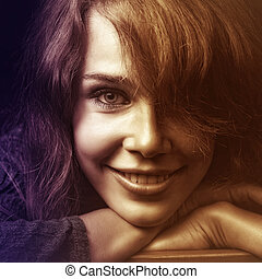 幸せな微笑すること, 女, 若い, 顔