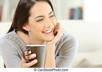 幸せ, コーヒー, 女性の保有物, カップ