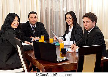 幸せ, ビジネス 人々, のまわり, a, テーブル, ∥において∥, ミーティング