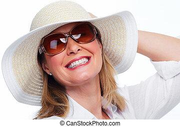 幸せ, 年長の 女性, 中に, 帽子, そして, sunglasses.