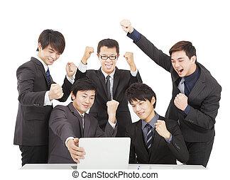 幸せ, 若い, ビジネス チーム, 中に, オフィス