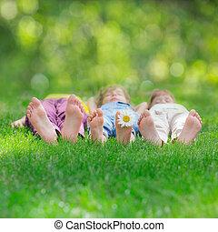 幸せ, 遊び, グループ, 子供, 屋外で