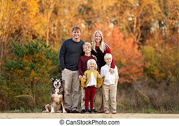 幸せ, summy, 子供, 家族, 外, 親, 若い, day., ペット, 秋, 犬