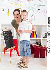 幼儿園, 男孩, 以及, 老師