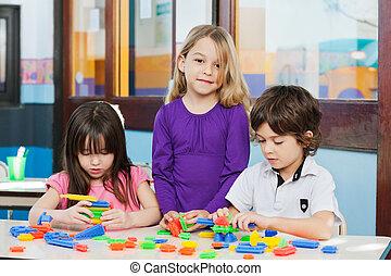 幼稚園, 友人, 女の子, ブロック, 遊び