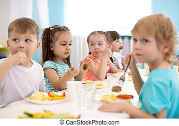 幼稚園, 昼食, グループ, 子供, 持ちなさい