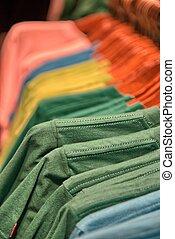店, 衣類, カラフルである, シャツ