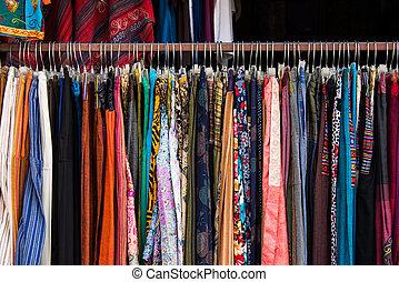 店, 衣類, 女性, 掛かること