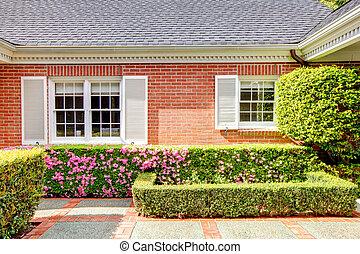 庭, 家, 窓, 英語, れんが, 白い赤, shutters.
