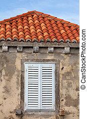 建物, タイル, シャッターを閉められた, 屋根, 窓, オレンジ, wodden