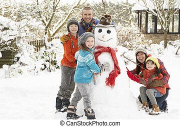 建物, 雪だるま, 庭, 家族