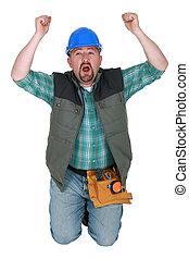 建築作業員, 上に, 彼の, ひざ