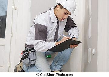 建築者, 若い, 執筆, クリップボード, 何か, hardhat