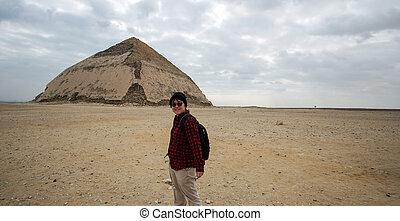 建築, アジア人, ピラミッド, 旅行, 旅行, 観光客, エジプト, 目的地, saqqara, 曲がった
