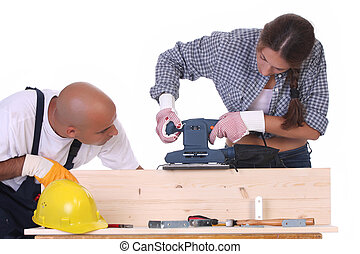 建設工人, 正在工作