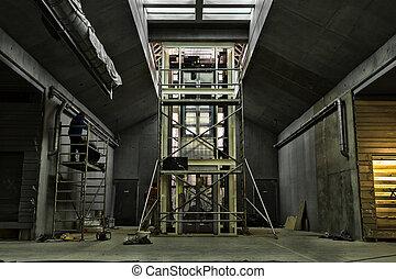 建設, エレベーター, 下に